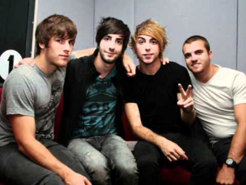 All Time Low clip from 'Jennifer' in the Studio.