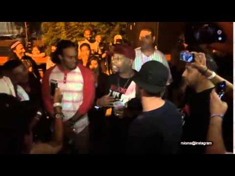 Talib Kweli and his DJ owns the shit out...