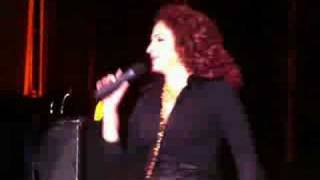 Gloria Estefan - Rhythm Is Gonna Get You - Live in Valencia (Aug. 22nd, 2008)