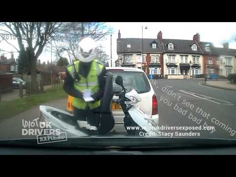 UK Parking Traffic Warden Caught on Dash Cam Moving Traffic Cone & Issuing Ticket. Hull