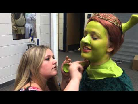 "Behind the scenes of ""Shrek: the Musical"""
