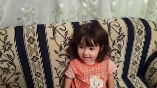 Ребенок слышит песню про МАМУ и ПЛАЧЕТ. ПЕСНЯ про МАМУ.