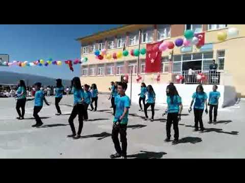 Tulumtaş Milli Egemenlik Ortaokulu Siirt/Kurtalan 7.Sınıf Öğrencileri 23 Nisan Gösterisi
