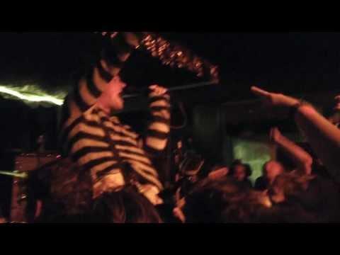 FOXBORO HOT TUBS - 10/26/13 @ Eli's Mile High Club - FULL SET mp3