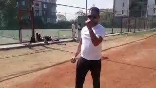 Samad Fallah bowling tips at Fallah Cricket Academy