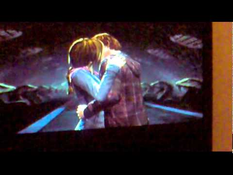 Ron and Hermione Video Game Kiss