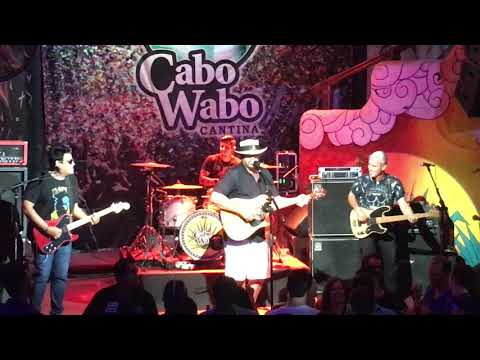 Toby Keith guest performing at the Cabo Wabo Cantina with Cabo Uno 04 20 2018