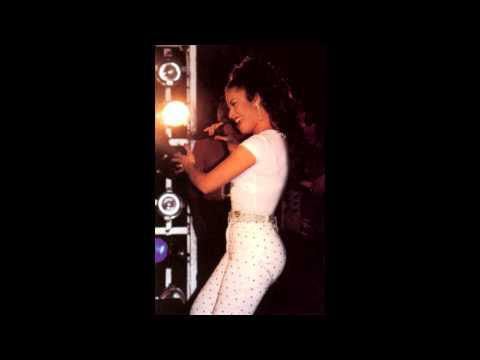 Selena - Besitos Lyrics/Letra