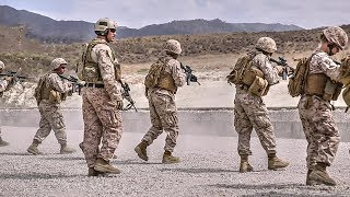 USMC Specialists in M4 Carbine Live-Fire Range