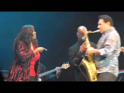 06. The first my last my everything - Gloria Gaynor & Harvey Hubert [LIVE IN ARGENTINA 10-09-2014]