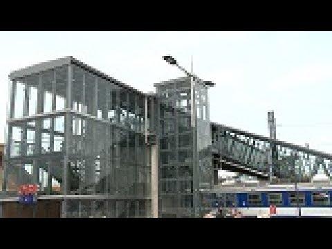 Offizielle Eröffnung Des Übergangssteges Beim Laaer Bahnhof