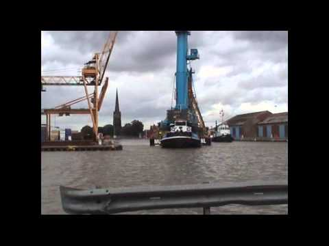 Liebher Cranes move to Hull