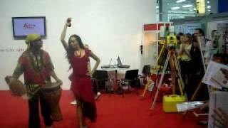 Танец от Leica и Навгеоком на ГеоСибирь-2010(Презентация GNSS приёмника., 2010-04-27T08:50:02.000Z)