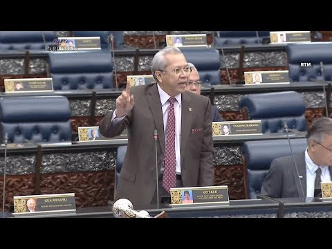 Annuar Musa questions the powers of CEP, claiming 'one-man show' in Govt