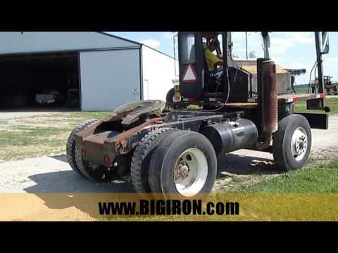 BIGIRON.com ONLINE AUCTION 7-26-2017:  1990 Ottawa YT-30 Hustler Yard Truck ID# DB8359