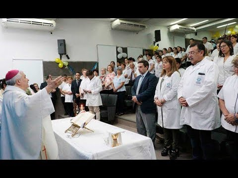 Con una misa multitudinaria, celebraron el Día de la Enfermera en el hospital Padilla