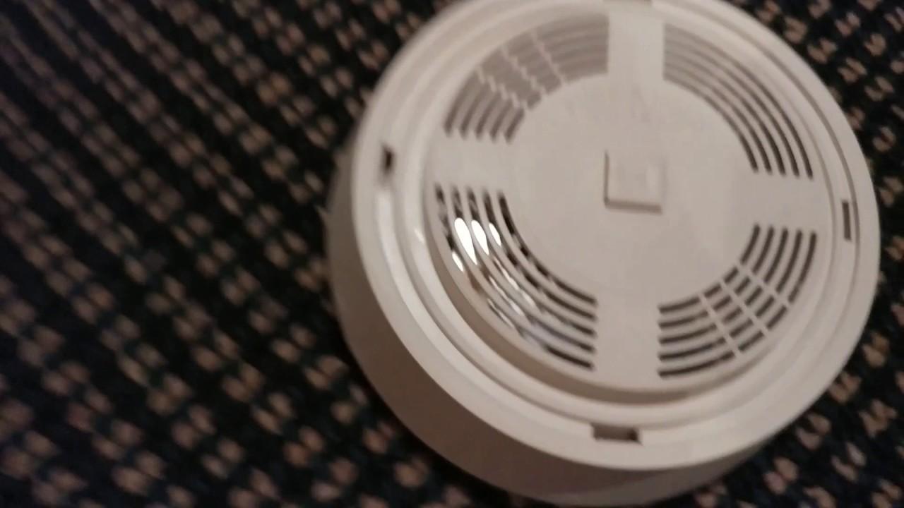 review of the dicon american sensors 330l smoke alarm youtube rh youtube com Smoke Detector Firex ADC firex fx1218 manual