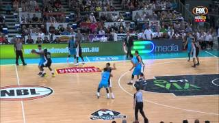 Melbourne United v New Zealand end game incident cuts