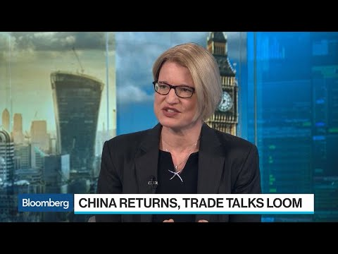 Haitong's Carr on Trade Spat, China Repayment Defaults, Yuan
