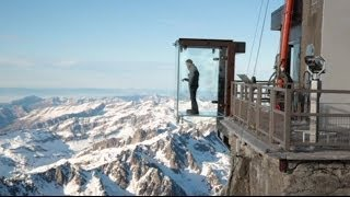 STEPPING OFF MONT BLANC LITERALLY - A SEE-THROUGH GLASS BOX 3.8km HIGH - BBC NEWS