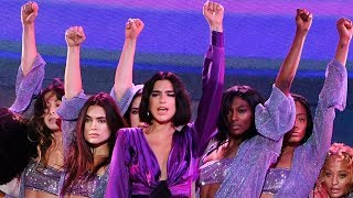 "Dua Lipa STUNS During ""New Rules"" At 2018 Billboard Music Awards"