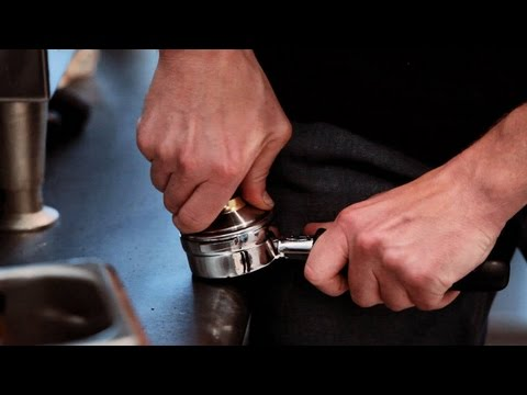 How to Measure & Tamp | Perfect Coffee