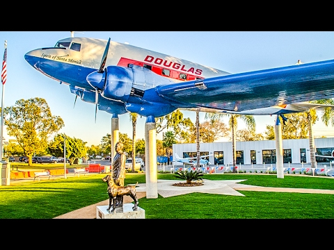 Museum of Flying, Santa Monica Airport, California
