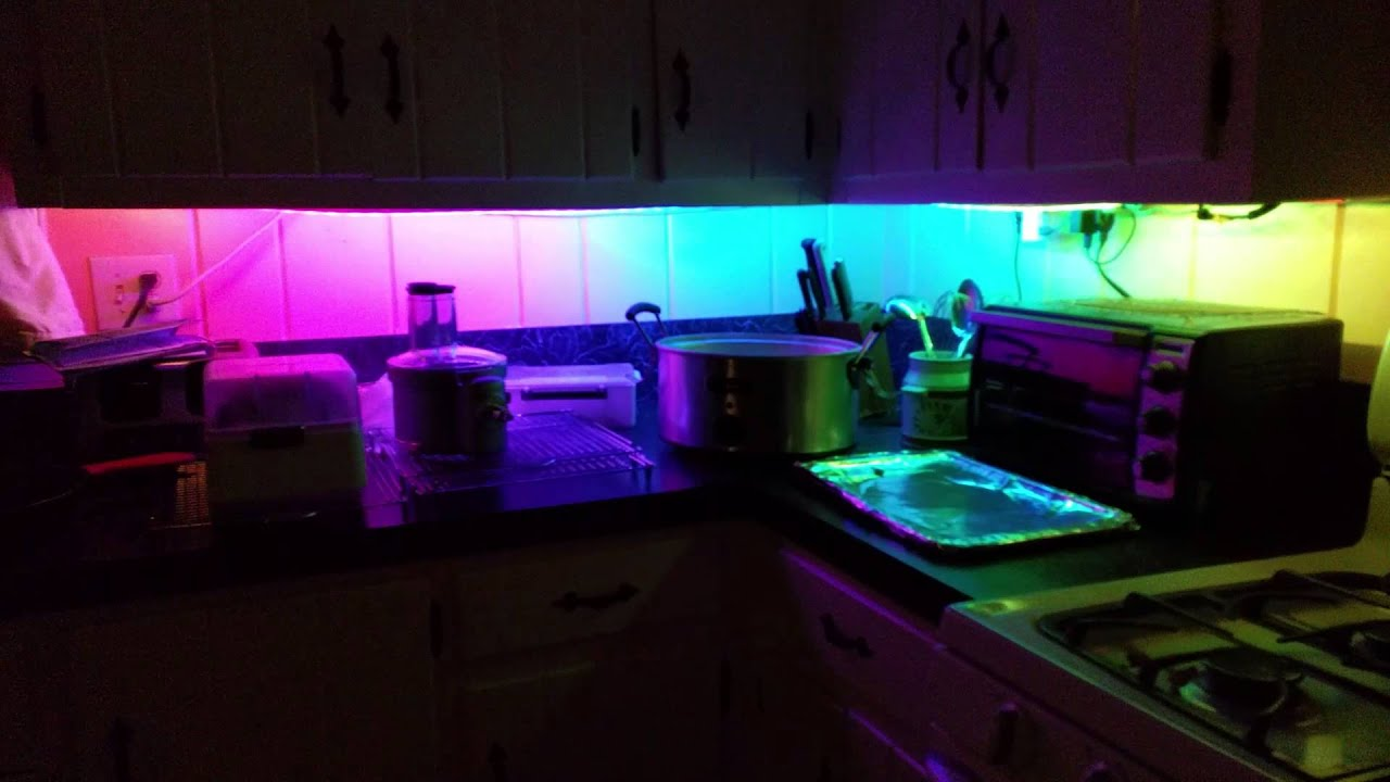 new styles 249e0 98424 Kitchen mood lighting