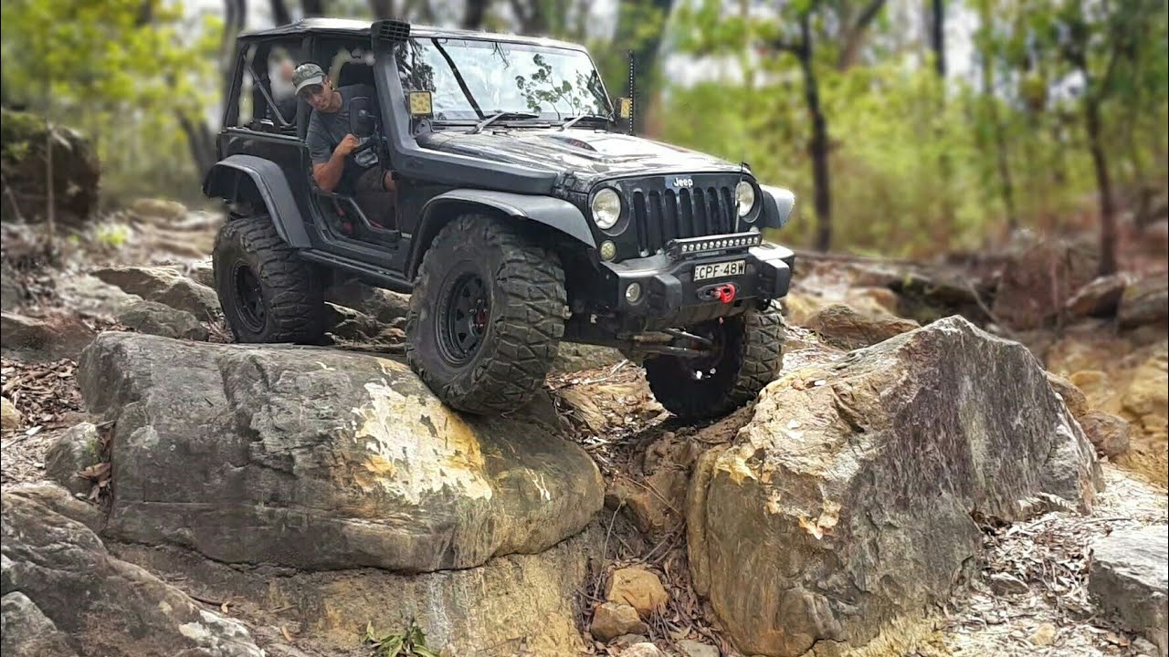 Black Jeep Cherokee >> Jeep Wrangler JK Doing Some Extreme 4x4 - YouTube