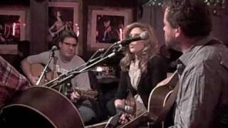 Watch Alison Krauss Blue  Lonesome video