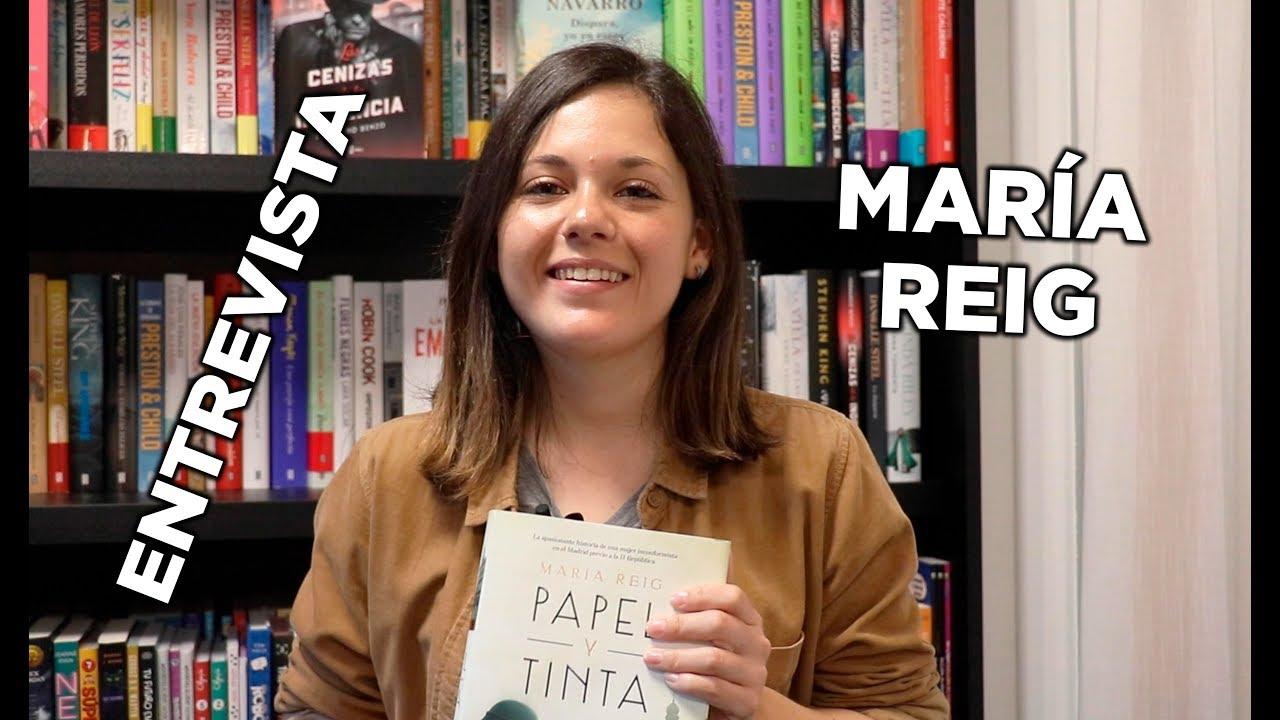 """Entrevista a María Reig para hablar sobre su primera novela """"Papel y Tinta"""""""