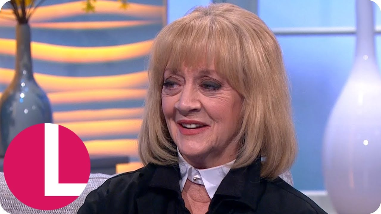 pictures Amanda Barrie