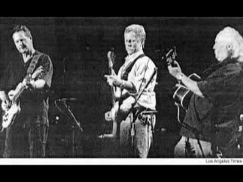 The Byrds Reunion- Chimes Of Freedom [1989] Live
