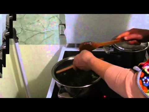 Tocana de Urzica ca la Moldova. Mancare de post  (How to make a delicious nettle stew)