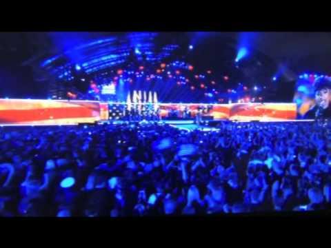 """Jennifer Hudson Sings """"The Star Spangled Banner"""""""