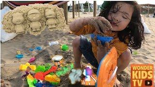 중장비 모래놀이. 바닷가에서 모래놀이. 모래성 만들기 모래로 뽀로로 만들어요  sandcastle  play toy