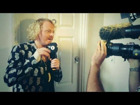 Keith Lemon Breaks Into Greg James' House!