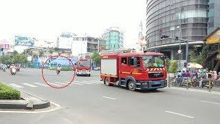 Người đàn ông không nhường đường, cắt đầu nguy hiểm xe cứu hỏa, ninja Lead thì gây tai nạn khác