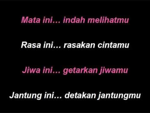 ST 12 - Biarkan Jatuh Cinta (lyrics)