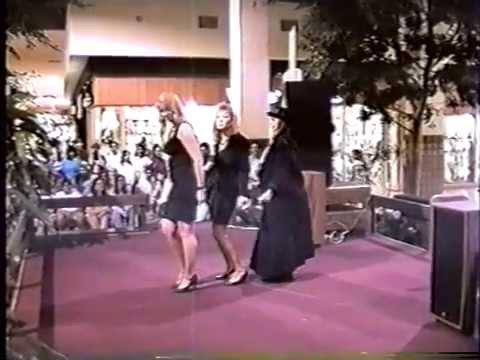 Mesilla Valley Mall Lip Sync Contest Wilson Phillips