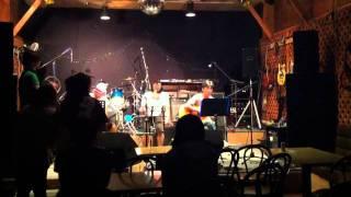 鈴鹿バルーンミュージックのライブです。2011.9.17.