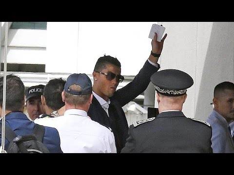 Portugal squad heads home after Euro 2016 victory