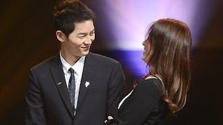 Song Joong Ki & Song Hye Kyo Sweet Moments HD VID @ Korea Popular Culture & Arts Awards thumbnail