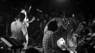 Efek Rumah Kaca ft. Oomleo - Sebelah Mata (LIVE, 5 SEPTEMBER 2016)