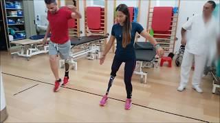 Amputee Playing in rehabilitation / Jugando en rehabilitación