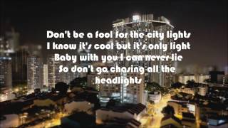 Headlights - Robin Schulz feat. Ilsey [LYRICS]