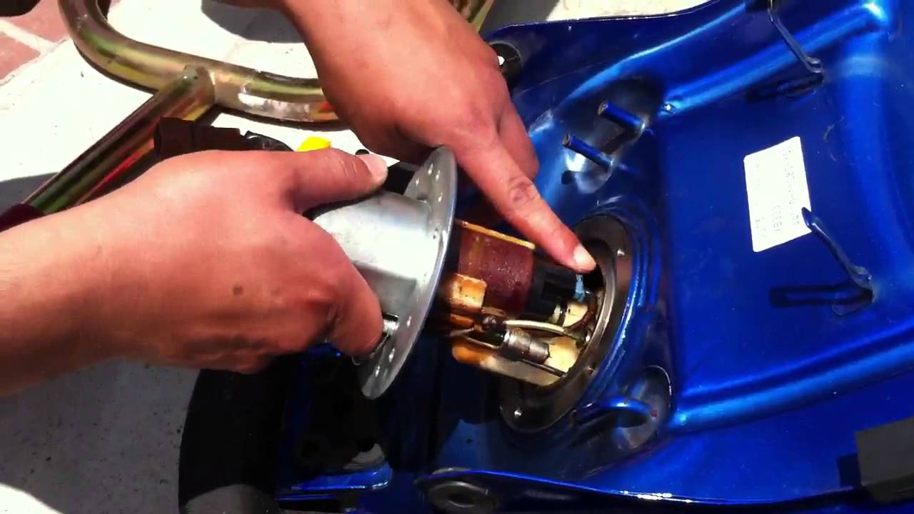 Fuel Pump Removal 2005 Sv650 Youtube Sv 650 Key Wiring Diagram
