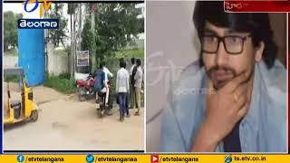 Actor Raj Tarun Escaped from Road Accident in Hyderabad