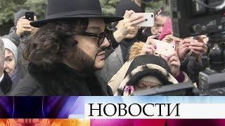 Друзья и поклонники проводили в последний путь певицу Юлю Началову.