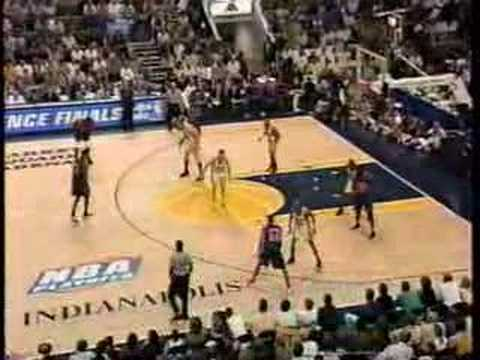 NBA 1999 Eastern Conf. Finals: Knicks at Pacers gm 1 part 1